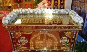Святыни Бруклинского собора - уникальный ковчег с мощами 115 святых