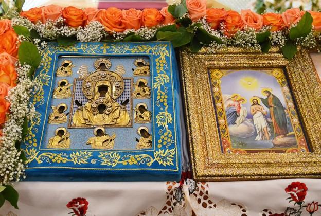 Накануне престольного праздника в собор прибыла чудотворная Курско-Коренная икона