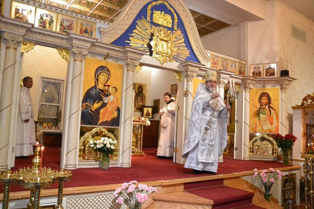 В Иоанно-Предтеченском соборе встретили наибольший праздник - Светлое Христово Воскресение