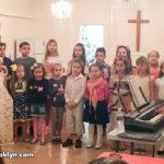 Праздничное собрание детской школы в завершение учебного года