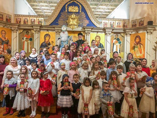 Концерт детской школы на святого Николая