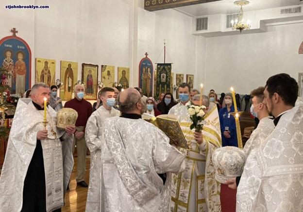 На праздник Рождества Христова в Бруклинском соборе совершили две Божественные литургии